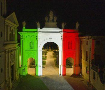 proiezione_del_tricolore_cherasco 2